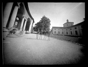 Camere Oscure Milano : Laboratori e workshop fotografia stenopeica camera oscura macchine